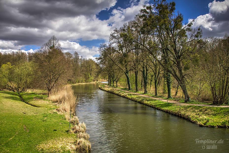 Templiner Kanal von Ziegeleibrücke aus