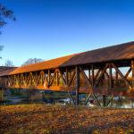 Pionierbrücke in der Abendsonne