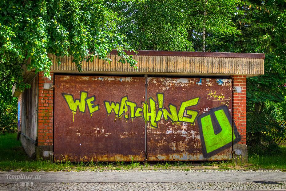 Graffiti an der verschlossenen Unterführung am Bahnhof Templin Stadt