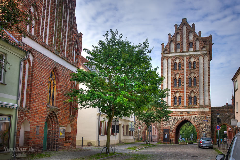 Berliner Tor und Sankt-Georgen-Kapelle