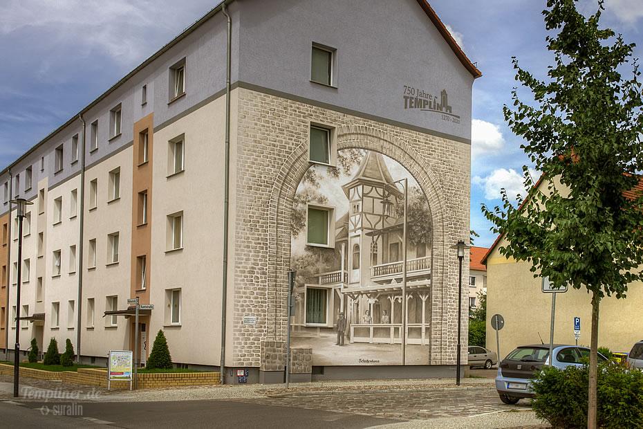 Wandbild am Wohnblock in der Mühlenstraße