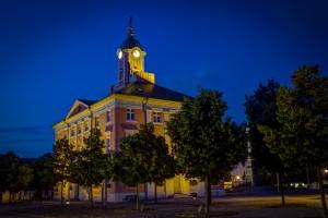 Historisches Rathaus Templin bei Nacht